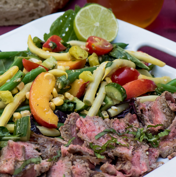 Summer Vegetable Steak Salad with Spicy Citrus Dressing
