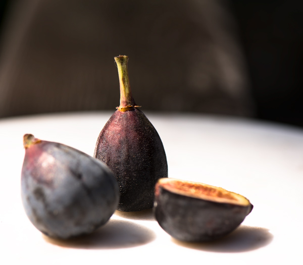 Spiced Figs with Yogurt Panna Cotta recipe