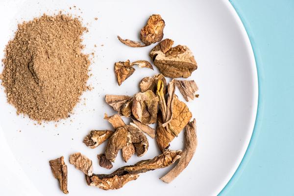 Toasted Farro with Mushrooms and Rosemary recipe