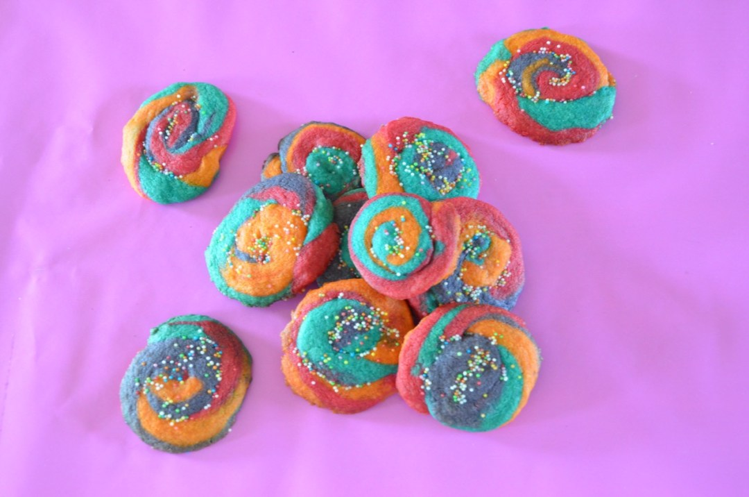 galletas de mantequilla de colores- solo 4 ingredientes