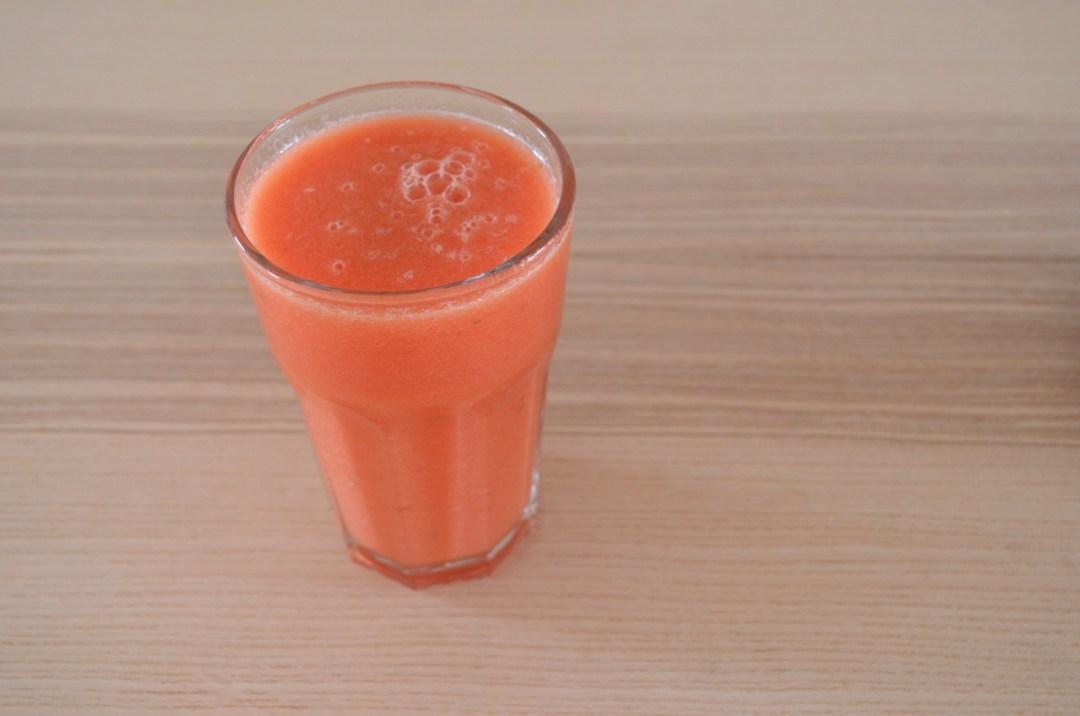 zumo de sandía, naranja y limón esencia green
