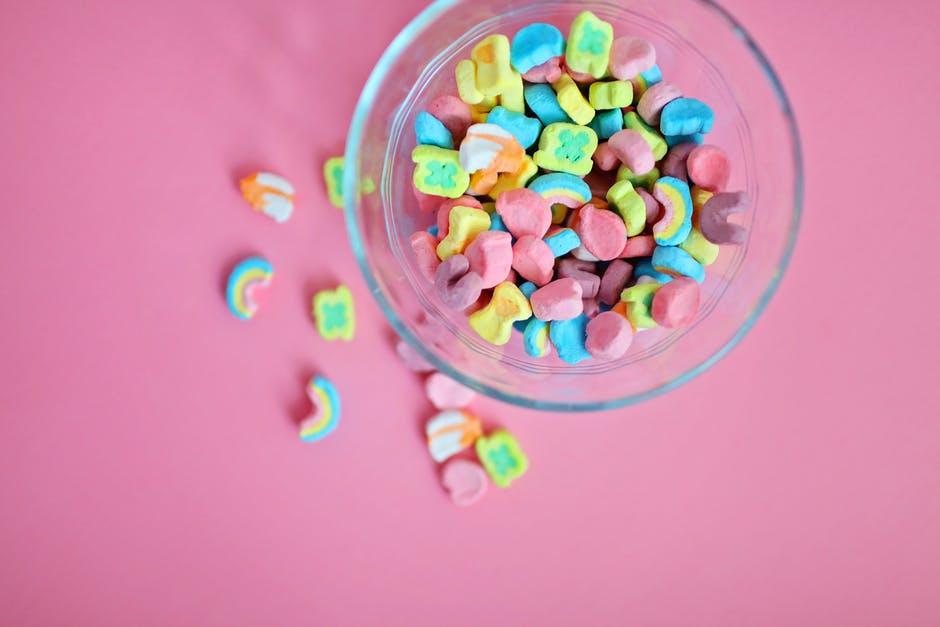 el azúcar no hace a los niños hiperactivos