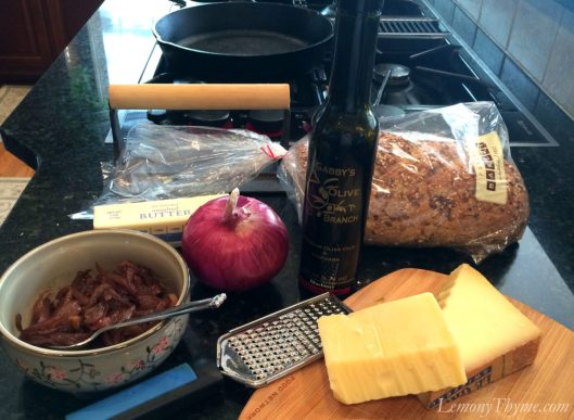 Blueberry-Balsamic-Red-Onion-Gruyere-Grilled-Cheese11