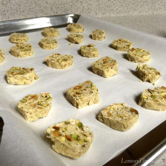 Pistachio Oatmeal Sandies3