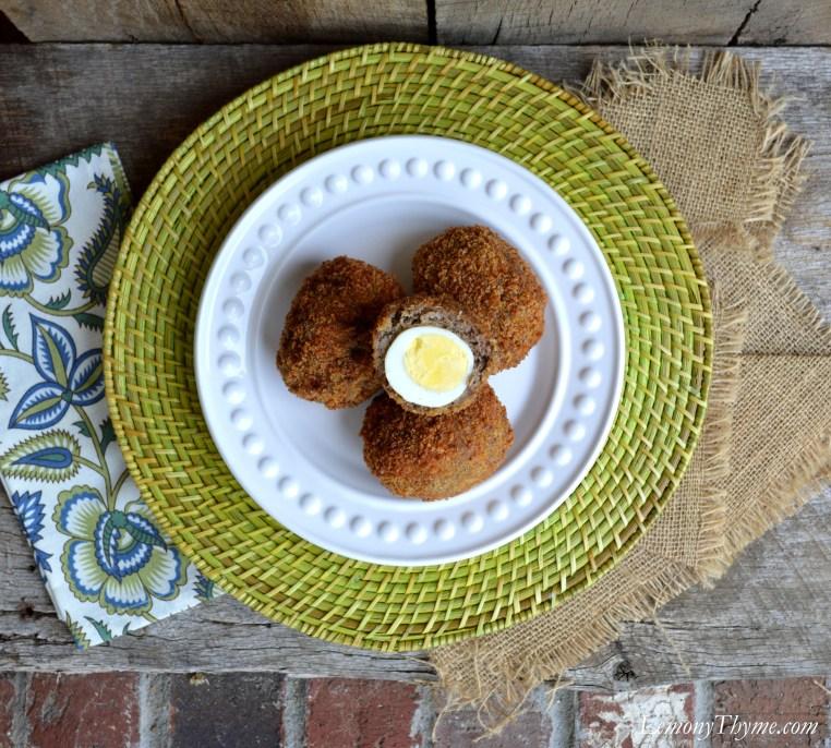 Scotch Eggs with Sriracha Mayo | LemonyThyme.com