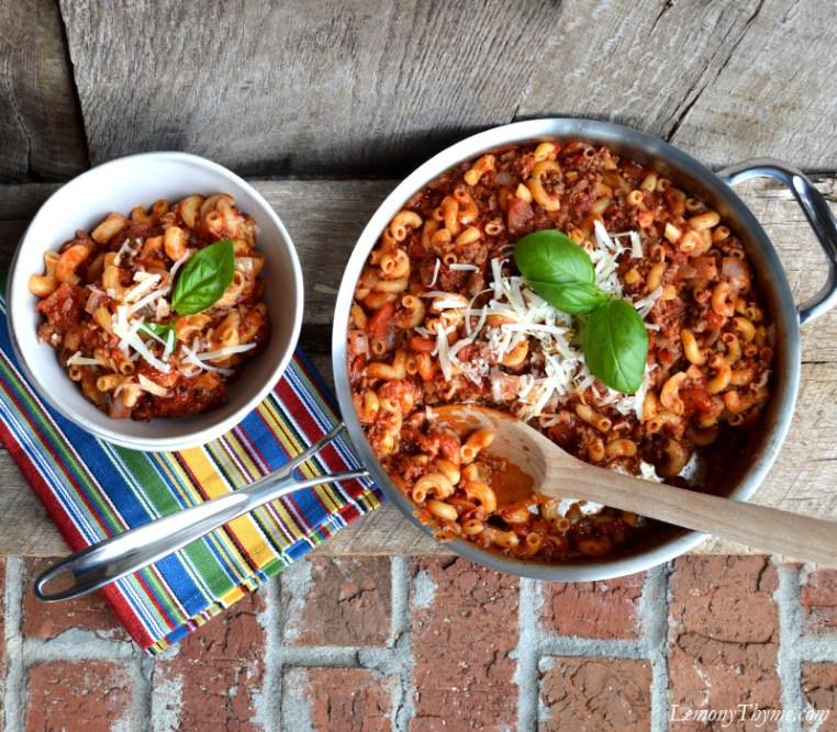 One Pot Homemade Beefaroni   LemonyThyme.com   #comfortfood