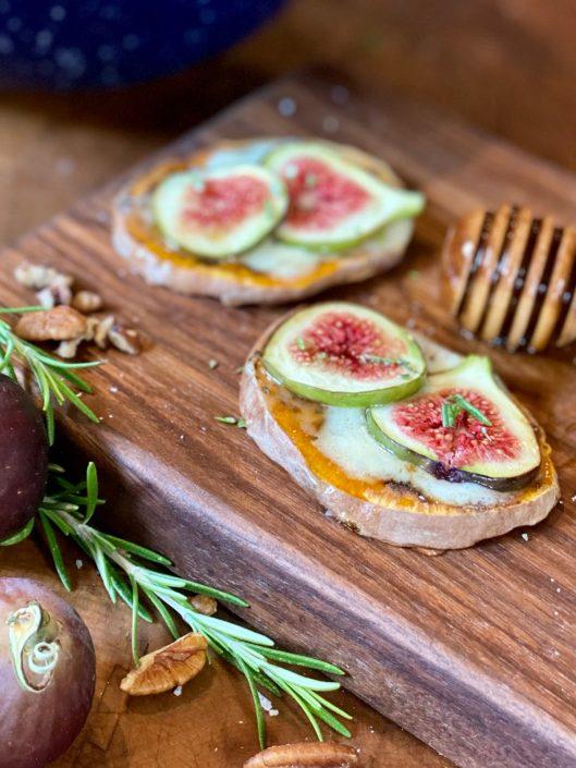 Fig & Mascarpone Sweet Potato Pizza with Honey Drizzle and fresh rosemary