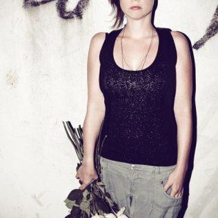Photo by Jasmin Schuller © 2012