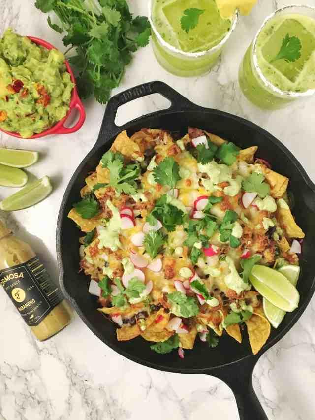nachos with drinks