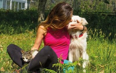 """Olalla Vergara, del centro de educación natural Ada: """"Hay perros fantásticos en las protectoras y debemos darle el valor que tienen"""""""
