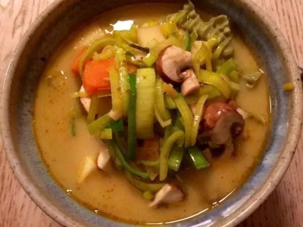 Varm Thai Suppe