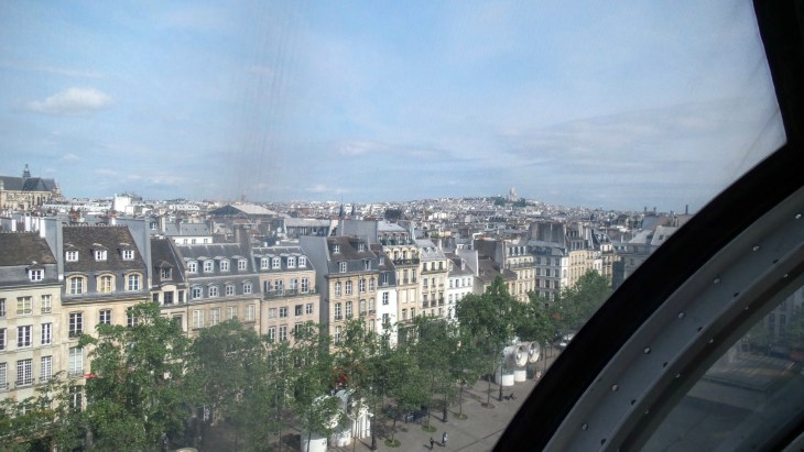 You can even see montmartre and sacre cœur from the top of the center.