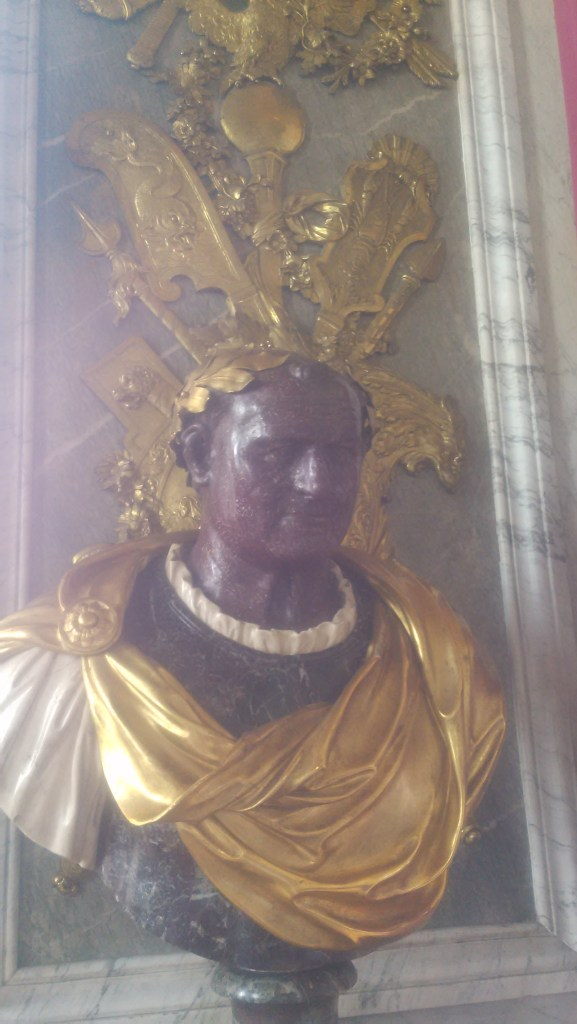 Also, Pope John Paul (George Ringo) II. as a Roman emperor. Made of chocolate.