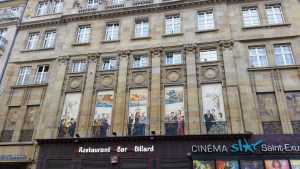 The local cinema has figures from old films painted on the windows. Among them Romy Schneider as Sisi.
