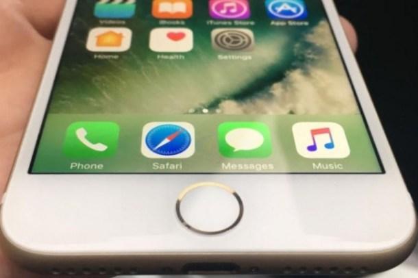 L'iPhone 7 est concerné par la faille WiFi et éligible pour la mise à jour iOS 10.3.1. (crédit : Susie Ochs)