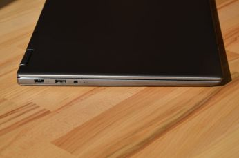 lenovo yoga 720-15 left side