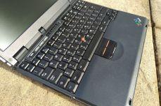 IBM ThinkPad A21e body 2