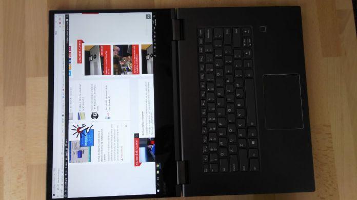 Panty umožňují dát zařízení do jedné roviny Yoga 730 15