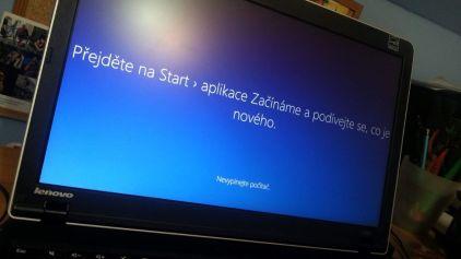 (Srpen 2016) První reinstalace Windows 10
