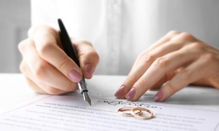 Zmena priezviska alebo ponechanie si svojho po manželstve?