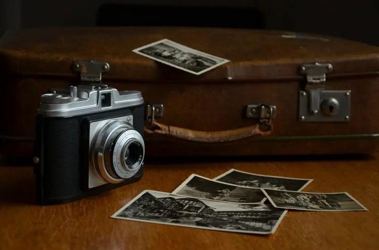 Tempat menyimpan foto
