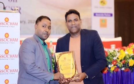 Journalist rj arvind pratap felicitated by assochem