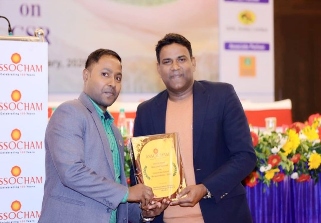 Journalist rj arvind pratap felicitated by assochem