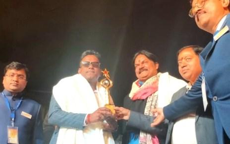 Arvind received meghdut award in international children film Festival