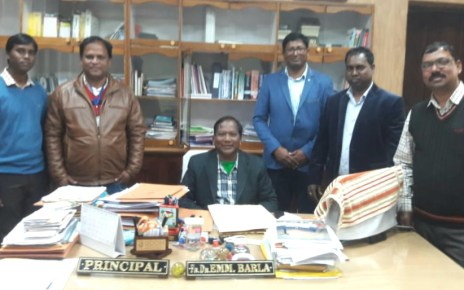 Students of 1996 - 99 arts, science, commerce batch met principal of xavier college