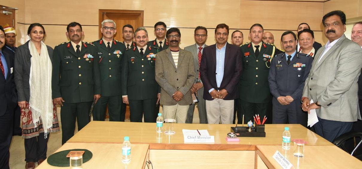 Feel proud by seeing army dress :: hemant Soren ( cm, Jharkhand )