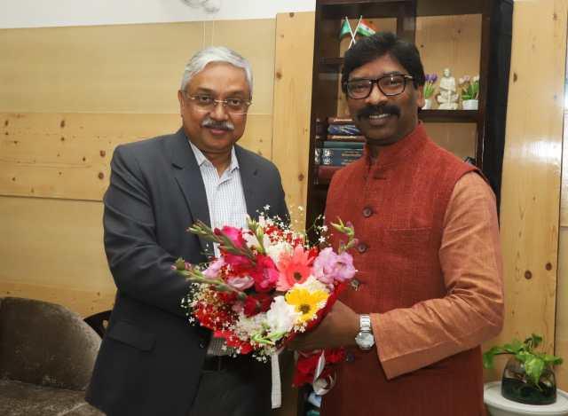 Newly elected Advocate General met cm Jharkhand hemant Soren
