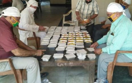 Gurudwara sri guru nanak satsang sabha distributed six thousand food packets till dated for needy