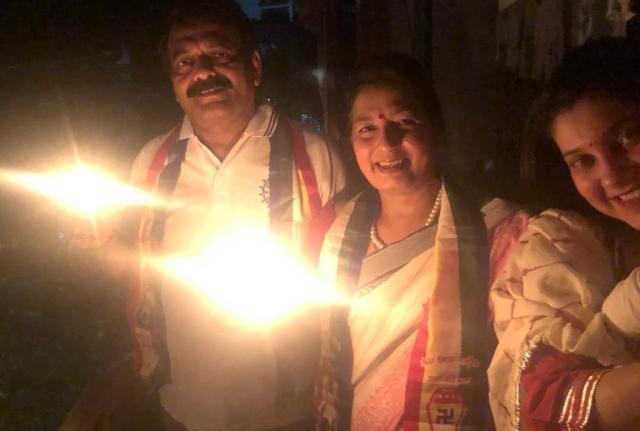प्रकाशोत्सव पर्व सहभागी डॉ.धनपत कुसुम विशाल निवेदिता व शौर्य लुनिया ( दिल्ली )