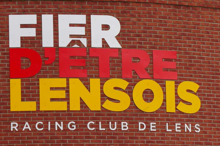 RC Lens launches pre-reservations for this summer's Sang & Or courses