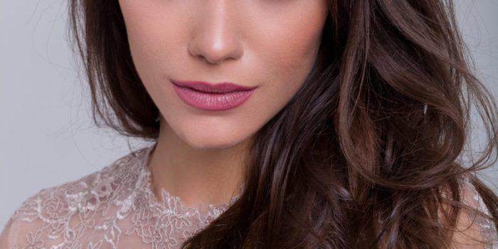 Leticia Abellan com lentes hidrocor