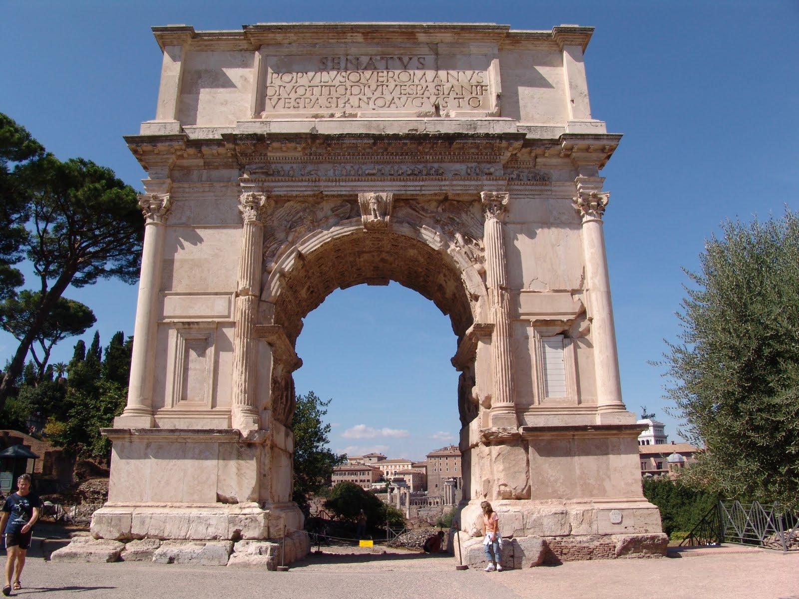 Archi trionfali di roma arco di tito le nuove mamme roma for Cabina del tetto ad arco