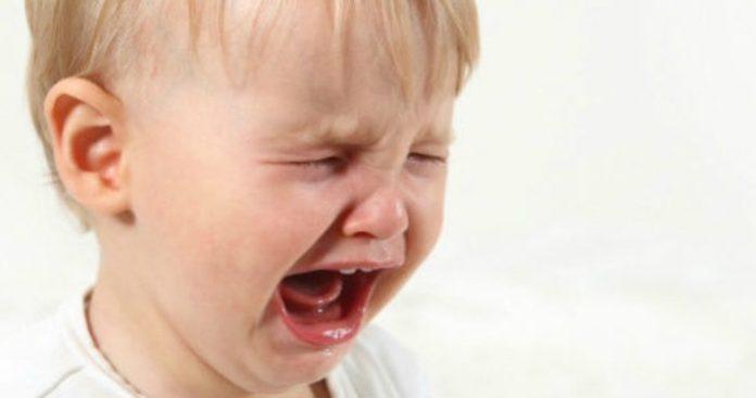 bambino-pianto