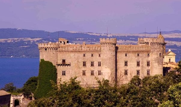 Visita di Natale al Castello di Bracciano con spettacolo