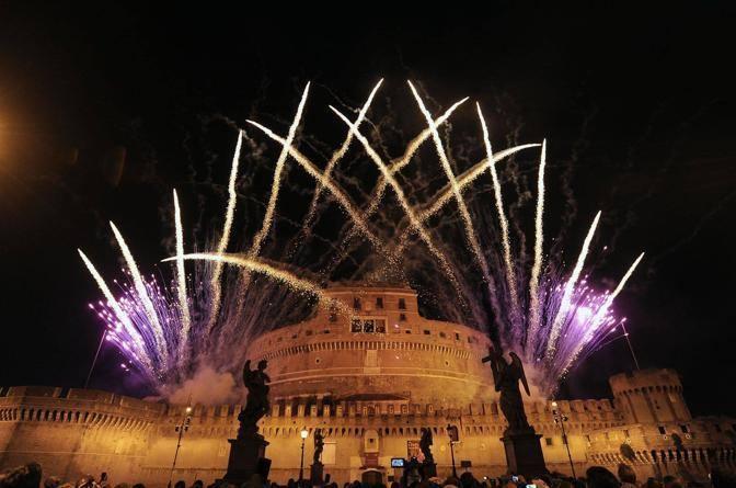 Roma - Girandola di Castel Sant'Angelo 2012 - fotografo: benvegnù - guaitoli - cimaglia