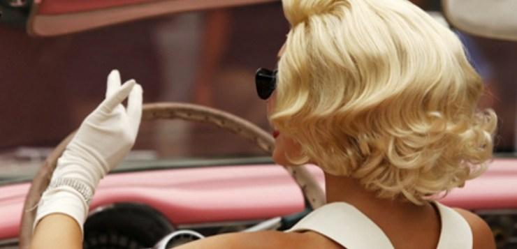 Donne al volante sicure e pratiche. Sfatiamo il mito