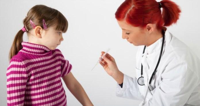 Cosa succede se non vaccini tuo figlio