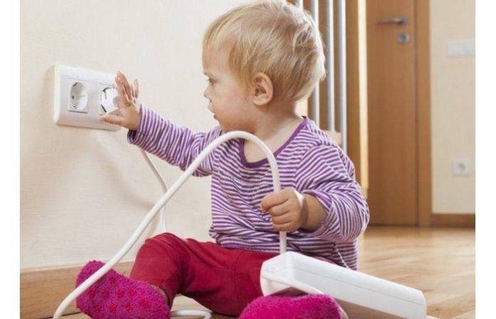 prese elettriche pericolo bambini