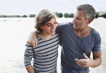 padre-figlio-adolescente
