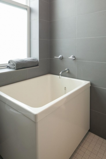 Japanese Soaking Tubs For Small Bathrooms  Bathtub Designs