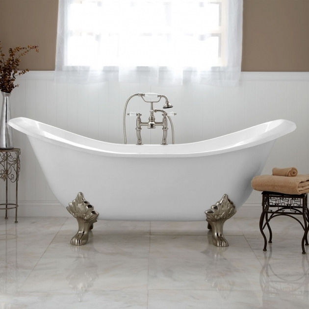 Modern Clawfoot Tub