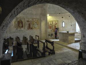 Tappa 2. Abbazia di San Vincenzo al Furlo - Via Flaminia SP3.