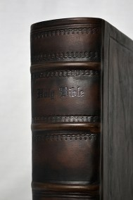 Spine View Custom Family Bible in English Calf