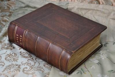 18th Century Bible