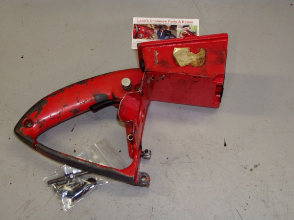 Used Homelite Xl 870 Chainsaw Carburetor Chamber - Year of