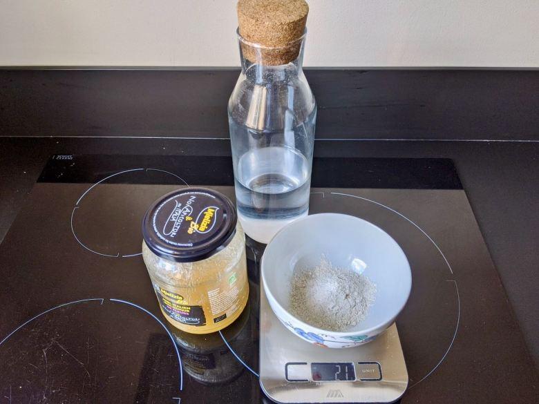 ingrédients pour démarrer un levain